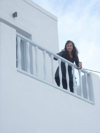 Altana Traditional Houses and Suites: balcon de la honeymoon suite