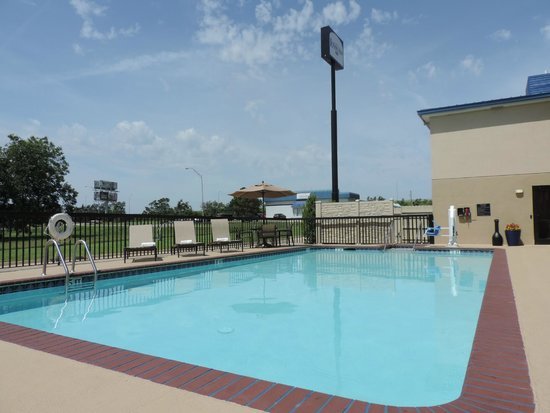 Lexington Inn - Ardmore : Pool