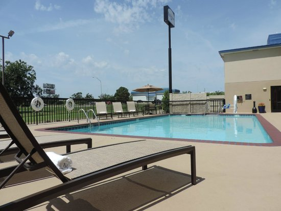 Lexington Inn - Ardmore: Pool