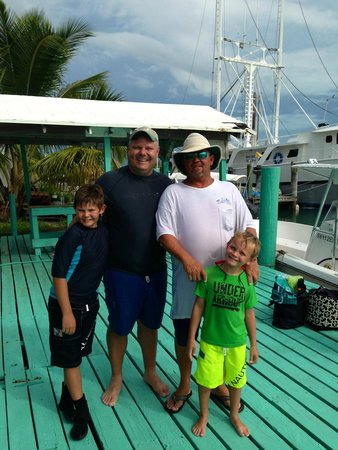 Bahamas Ocean Safaris : Family with Captain James
