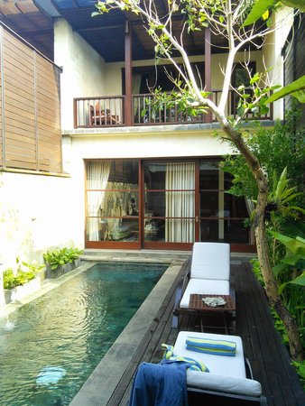 Gending Kedis Villas & Spa Estate : a view of your pool and the balcony to the 2nd bedroom