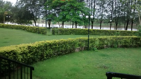 Greenarth Lakeview Resort: View from the room