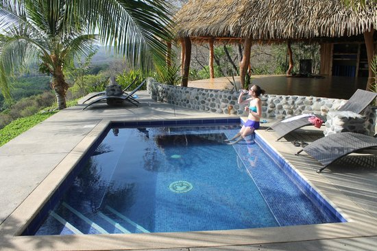 Costa Rica Yoga Spa: View of pool