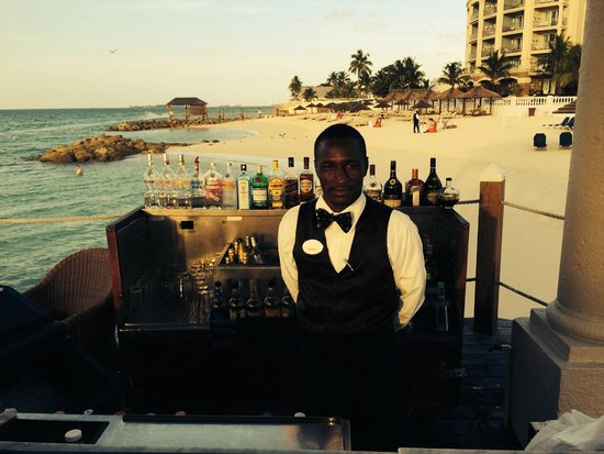 Sandals Royal Bahamian Spa Resort & Offshore Island: Great service from Khethino.  Very sweet man!