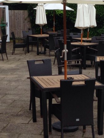 Premier Inn Liverpool (Roby) Hotel: Patio/beer garden