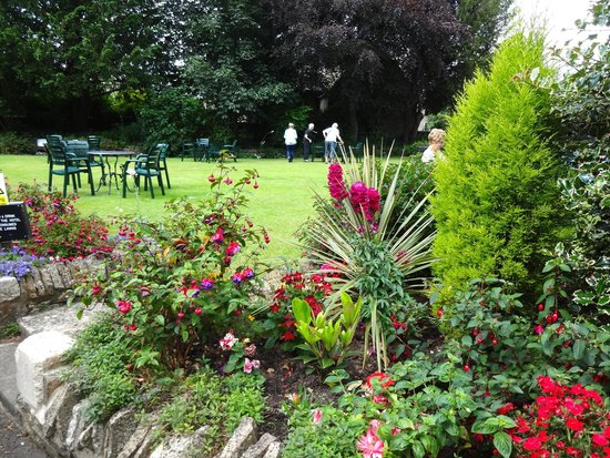 Stow Lodge Hotel: Gardens at Stow Lodge