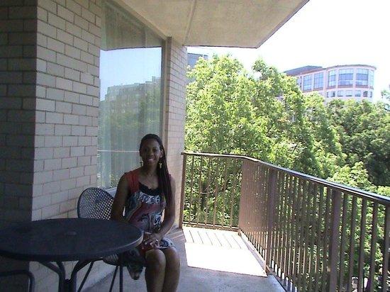 One Washington Circle Hotel: Balcony