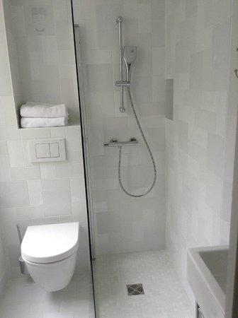 Hotel Mistral : salle de bain