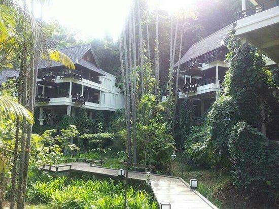 Gaya Island Resort : вид на виллы