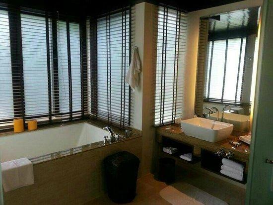 Gaya Island Resort: ванная