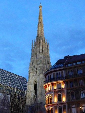 Stephansplatz: St.Stephan Cathedral