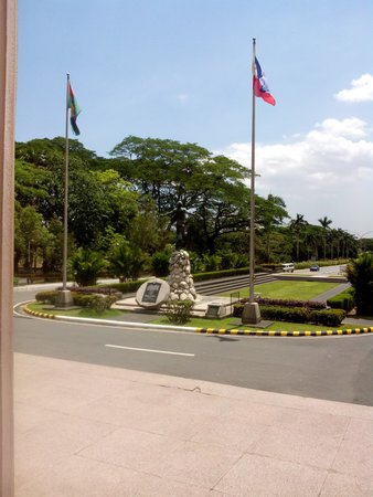 University of the Philippines: The Oblation stands there.