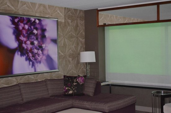 MGM Grand Hotel and Casino: Sofa area