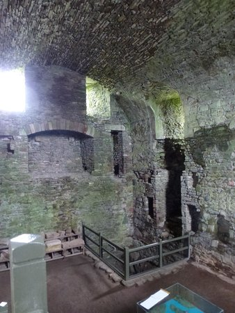 Threave Castle: ground and first floors