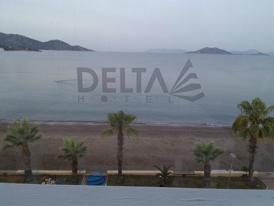 Delta Hotel: before the sun comes up