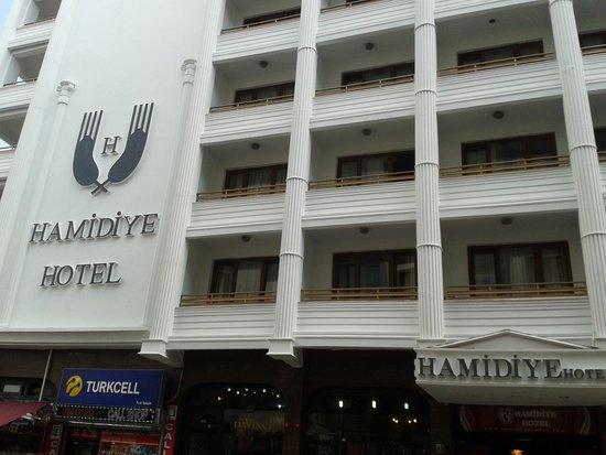 Hotel Hamidiye: Front Entrance to the hotel