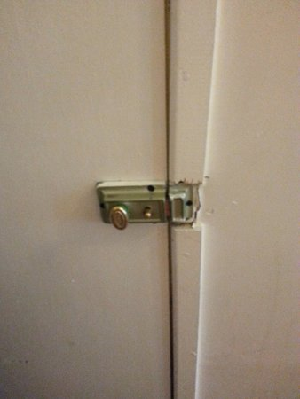 The Continental Hotel: Lock on the door