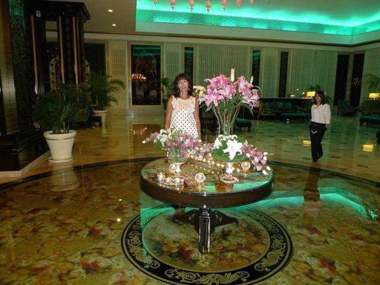 Rixos Premium Bodrum : В холле отеля