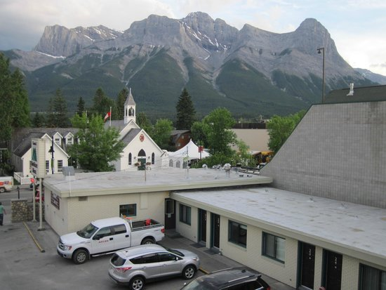 Bow Valley Motel : view from room