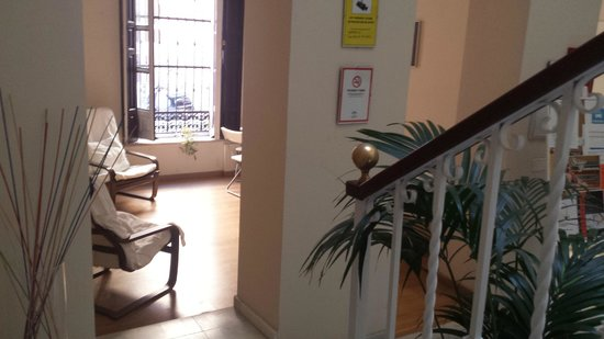 Hotel Doña Lola: Sala de estar