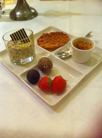 Posthotel Achenkirch: Some delights from the dessert buffet