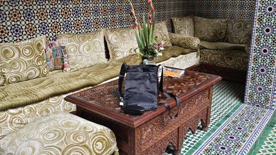 Riad Rcif : sofa  angolo di riposo