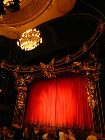 The Phantom of the Opera: the stage before the play