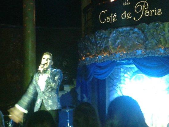 Cafe de Paris: ENTERTAIMENT STAND UP