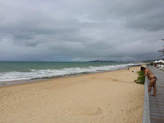 Parque da Costeira: Praia de frente ao Hotel