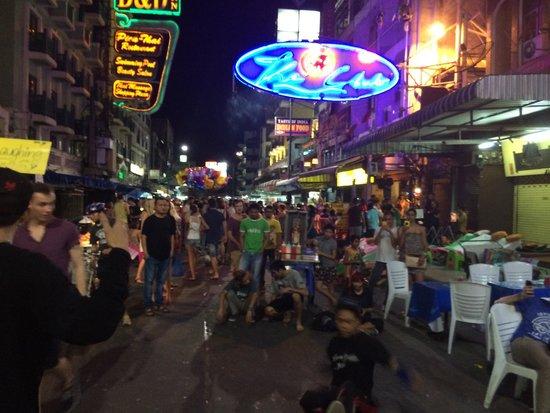 Khao San Road : Party road at night