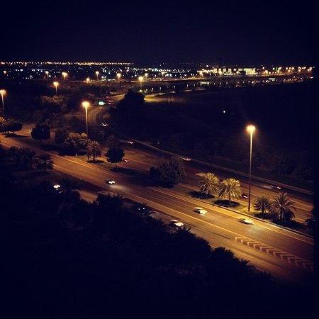 Novotel Abu Dhabi Gate: Вид с 12 этажа