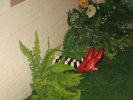 Oz Museum: those lovely ruby slippers