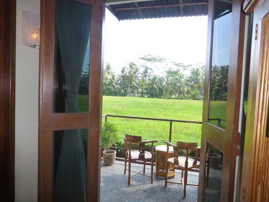 Junjungan Ubud Hotel and Spa: Balcony overlooking padi fields