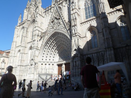 Barcelona Cathedral: Lovely Cathedral