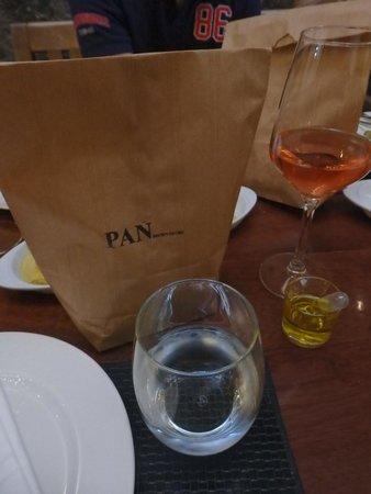 Monastrell: Pan - bread