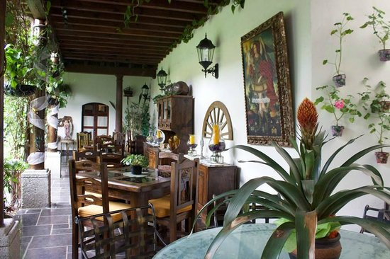 Hotel la Catedral: Dining section