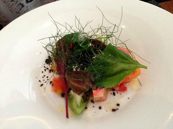 Arsenic Restaurant : tomates Heirloom(variété ancienne),chèvre et olives