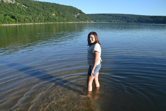 Devil's Lake State Park: Clear, clean water here..