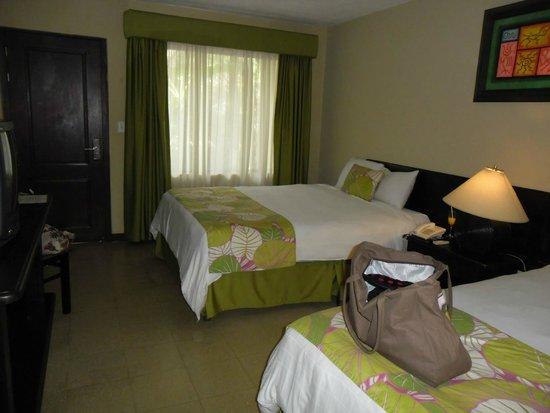 Hotel Coco Beach & Casino: Room 105