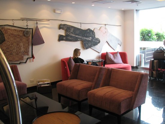 Tierra Viva Miraflores Larco: Hotel Lobby