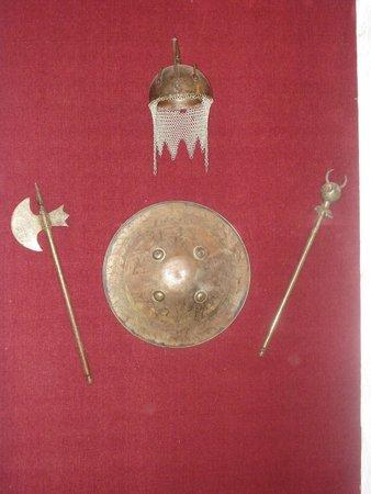 Castillo de Piria: Armas del castillo