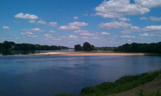 Manoir de Boisairault : Loire river - beautiful