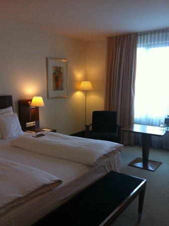 Sheraton Carlton Hotel Nürnberg: prachtige kamer