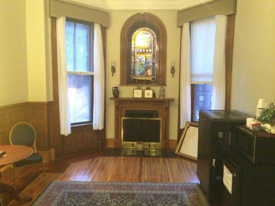 Newbury Guest House: Lobby