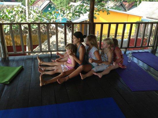 Oasis Yoga: 3