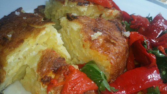 Great Queen Street : Spanish Omelette with roasted peppers and parsley. Great!