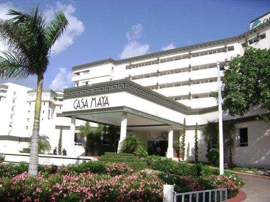 Casa Maya Cancun : El frente del hotel