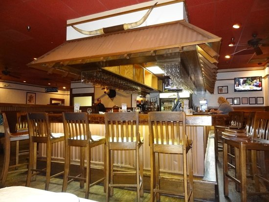 lone star steak house & saloon Dining inside across from the Bar! - Picture of Lone Star Steakhouse ...