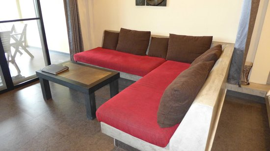 Koh Tao Heights Exclusive Apartments: Couch