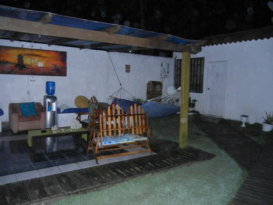 Galapagos Best Hostel : Patio